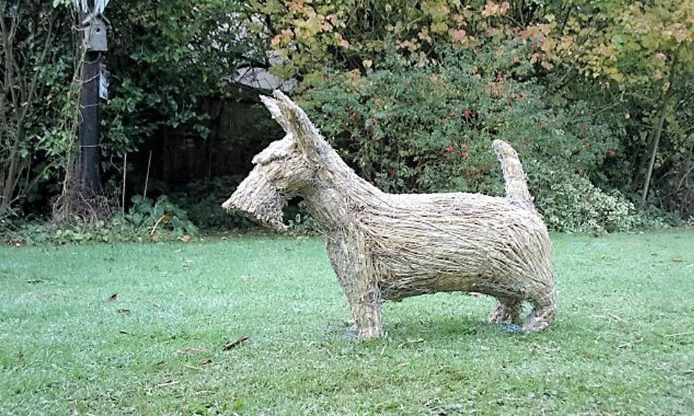 straw-store-scottie-dog-01